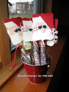 Santa on a stick!  http://myhappyplace.typepad.com/my_happy_place/christmaswinter/