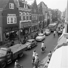 Amersfoort: De Utrechtsestraat in 1963 Awsome Pictures, Utrecht, Soldiers, Netherlands, Holland, Amsterdam, The Past, Army, Places