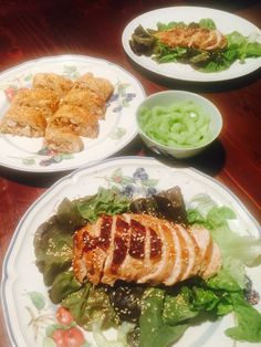 Chicken Breast with Sesame seeds. Lettuce Leaves, Toasted Sesame Seeds, Sesame Oil, Skewers, How To Cook Chicken, Soy Sauce, Japanese Food, Avocado Toast, New Recipes