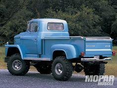 1973 Dodge C 600, 4x4 conversion, 361 2bbl V8/NP4:27 2sp & HD4sp, Dana70 fr axle-W300 rear axle...