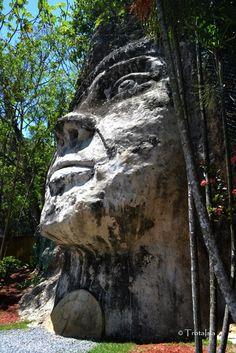Cara del Indio - En honor al Cacique Mabodomaca que se dice que en algún momento gobernó por esa área. Isabela   Puerto Rico