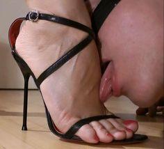 His Mistress : Photo