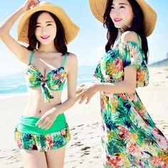 $26.53 (Buy here: https://alitems.com/g/1e8d114494ebda23ff8b16525dc3e8/?i=5&ulp=https%3A%2F%2Fwww.aliexpress.com%2Fitem%2FJie-Shu-Qizi-wholesale-new-swimsuit-fashion-sexy-steel-prop-three-piece-swimsuit-models-in-bikinis%2F32694908853.html ) Swimming Suit For Women Retro Bikini Set Top Large Size Swimsuits Woman Swimwear Plus Printing Polyester Lycra Maillot De Bain for just $26.53
