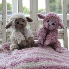 Teddy Babytæppe og Basserne fra Go Handmade Baby Knitting, Sheep, Teddy Bear, Toys, Creative, Handmade, Animals, Plush, Needlepoint