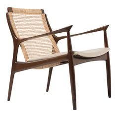 Mid Century Danish Modern Ib Kofod Larsen for Selig cane back Lounge Chair with original ivory vinyl seat and a new cane back. Diy Outdoor Furniture, Outdoor Chairs, Mid Century Modern Armchair, Mid-century Modern, Accent Chairs, Furniture Design, Lounge, Armchairs, Sofas