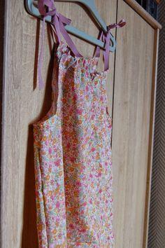 Petite robe facile à réaliser.
