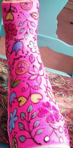 Paint-embellished leg cast just for fun :) hmmmm wonder if I can do this. Decorated Crutches, Ankle Cast, Arm Cast, Broken Foot, Cast Art, Fun At Work, Arms, Arts And Crafts, Bunion Surgery