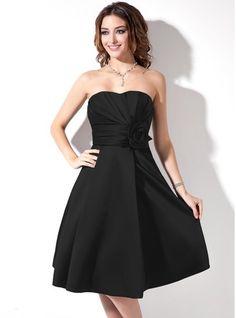 Satin A-Line Sweetheart Knee-length Bridesmaid Dress With Pockets
