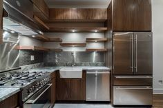 New York City Kitchen - contemporary - kitchen - new york - by Peter Lawrence Woodworkers Home Kitchens, Contemporary Kitchen, Kitchen Remodel, Kitchen Design, Kitchen Inspirations, Cabinets And Countertops, Bathrooms Remodel, Bathroom Renovations, Kitchen New York