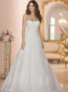New Beginnings Bridal Studio   #StellaYork #WeddingDresses #BridalGowns