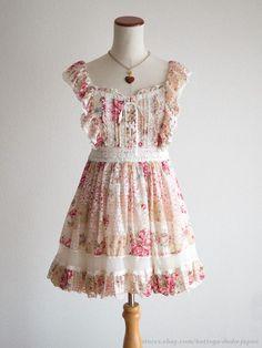 LIZ LISA Floral Patchwork pattern Lace JSK Jumper Dress Hime Lolita Kawaii Japan #LIZLISA #JumperdressJSKPeplum #Shibuya109Lolitafashion