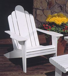 Adirondack Lawn Chair : Large-format Paper Woodworking Plan from WOOD Magazine Modern Outdoor Chairs, Outdoor Furniture Plans, Outdoor Decor, Outdoor Areas, Outdoor Projects, Pallet Projects, Diy Projects, Small Woodworking Projects, Woodworking Plans