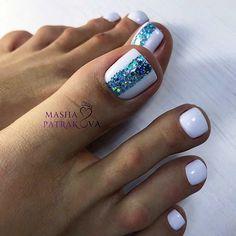 Pedicure Nail Art, Pedicure Designs, Toe Nail Designs, Toe Nail Color, Toe Nail Art, Nail Colors, Glitter Toe Nails, Cute Toe Nails, Stylish Nails