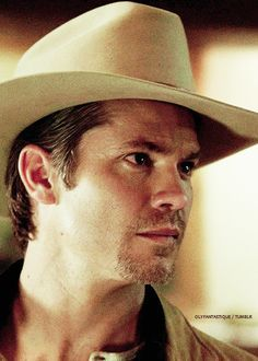 1cfe5a8405c Timothy Olyphant - timothy-olyphant Photo Raylan Givens