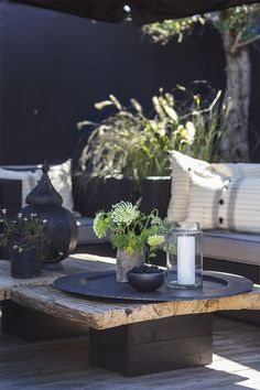 Cool rustic outdoor space from 51 of the perfect rustic outdoor space colle Rustic Outdoor Spaces, Outdoor Living Rooms, Outdoor Seating, Estilo Tropical, Terrace Garden, Garden Furniture, Furniture Stores, Garden Inspiration, Inspiration Boards