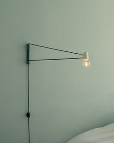 lamp crush yet again - and at $150 finally an affordable crush! (well it's all relative)  …wohoooo!  by designer Brendan Ravenhill  find them / buy them here via svpply