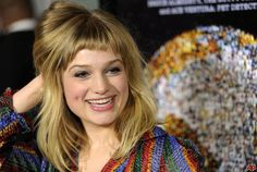 alison sudol long hair with short bangs This is just cute