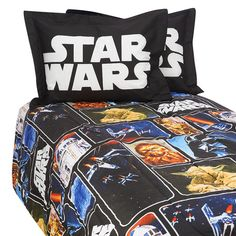 I know many Star Wars fans, both young and older that would love to have this Star Wars Comforter on their bed and sleep in the gentle power of the force. Full Comforter Sets, Bedding Sets, Bed Sets, Little Charmers, Fan Picture, House Inside, Babies R Us, Home Wallpaper, Toys R Us