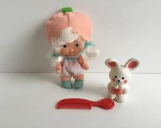 APRICOT w/Hopsalot Vintage Strawberry Shortcake Doll