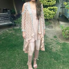 Net or chiffon gown Silk under shirt . Chiffon trouser and aurganza is used on trouser with trouser . Party wear dress used best material Dresses Party Wear Dresses, Casual Dresses, Traditional Trends, Desi Clothes, Indian Clothes, Chiffon Gown, Pakistani Dresses, Indian Outfits, Designer Dresses