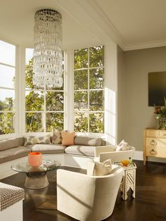 lounge area in bay window - Google Search