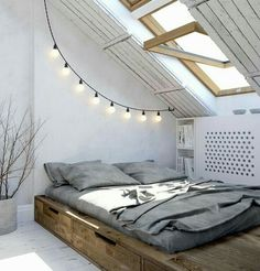 Wunderbar If You Live With Teenages, Wouldnu0027t This Be Such A Cool Room? I Love The  Wood With The White Walls And The Grey Bedding. The Festoon Lights Add To  The ...