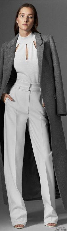 Mugler Pre-Fall 2015 chic, y elegante. Busca que tipo de eestilo de ropa debes usar segun tu signo. www.espaciosawa.com