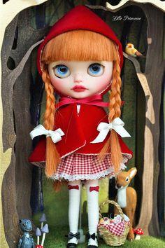 Custom Blythe Room Box Little Red Riding Hood by Lilleprincesse