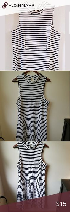 Black and white striped dress Old navy , No sleeve, black and white , skater skirt Old Navy Dresses