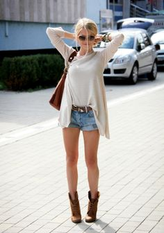 Lovely street outfit! #denim shorts + comfy shirt and the boots are really pretty!