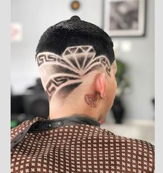 #menshairworld hashtag on Instagram • Photos and Videos High And Tight, Mens Hair Trends, Bald Fade, Faux Hawk, Bowl Cut, Comb Over, Crew Cuts, Mullets, Pompadour