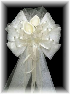 Wedding Pew Bows - Professionally crafted and very affordable Wedding Car Decorations, Church Wedding Decorations, Wedding Wreaths, Wedding Crafts, Cheap Wedding Bouquets, Wedding Pews, Diy Wedding Bouquet, Wedding Church, Pew Bows
