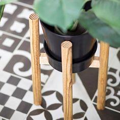 DIY Plant Stand Workshop   La Petite Farmhouse