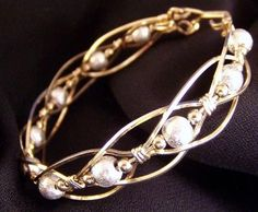 Wavy wire bracelet. I could make this.