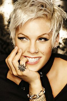 P!Nk i love her punk sexy style! so beautiful