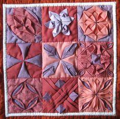 Origami Squares More Origami Quilt Patterns, Origami Quilt Blocks, Fabric Origami, Quilt Block Patterns, Pattern Blocks, Quilting Projects, Quilting Designs, Textiles, Puffy Quilt