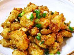 간장소스로 만든 <새우+닭강정>~ [아이들간식,술안주,밥반찬] Asian Recipes, Ethnic Recipes, Korean Food, Fritters, Kimchi, Kung Pao Chicken, No Cook Meals, Cauliflower, Meat