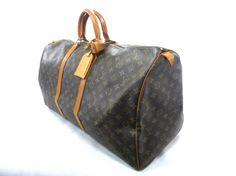 Je viens de mettre en vente cet article  : Sac XL en cuir Louis Vuitton 600,00 €…