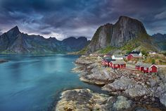 A haven for adventurers, Norway's Lofoten archipelago is just about as off-the-beaten-track as it ge. Lofoten, Best Free Lightroom Presets, Les Fjords, Scandinavian Countries, House By The Sea, Norway Travel, Tromso, Trondheim, Best Hikes
