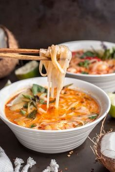 Thai Shrimp Noodle Soup – GastroSenses This Thai shrimp noodle soup is full of ginger, lime leaf, lemongrass, coconut milk and noodles to warm up your soul with a handful of shrimp for protein. Thai Noodle Soups, Thai Soup, Thai Shrimp Soup, Prawn Soup, Spicy Shrimp, Coconut Shrimp, Seafood Recipes, Soup Recipes, Cooking Recipes