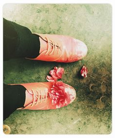 """Garden Trends Color Forces """"Make Me Smile""""/Trend Tablet London Blog, Spring Shoes, Make Me Smile, Flower Power, Oxford Shoes, My Style, Imagination, How To Make, Trends"""