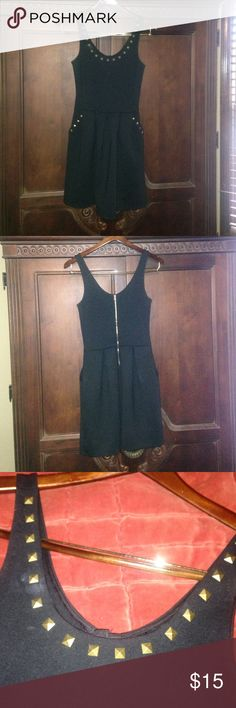 Pretty Little Liars by Aeropostale dress Black Pretty Little Liars dress by Aeropostale. Heavy fabric perfect for winter paired with black combat boots. Above knee length. Front pockets. Back zipper. Perfect condition. Aeropostale Dresses