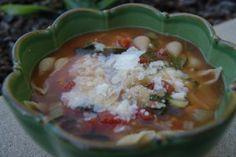 Crockpot Minestrone Soup! Crock Pot Soup, Crock Pot Slow Cooker, Slow Cooker Recipes, Soup Recipes, Italian Crockpot Recipes, Crockpot Ideas, Crockpot Minestrone, Dinner Options, Chowders