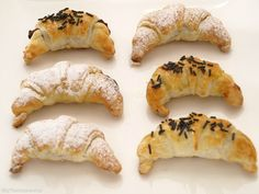 Mini croissants rellenos de chocolate - MisThermorecetas.com
