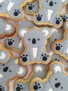 Koala cookies Bear Cookies, Cute Cookies, Cupcake Cookies, Crazy Cookies, Royal Icing Cookies, Cookie Frosting, Iced Cookies, Cookie Crumbs, Animal Cakes