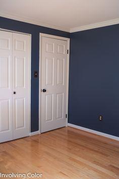 Choosing Benjamin Moore Navy Paint Colors