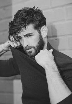 Learn about how to look after your hair with our Men's Hair Advice chapter. Read men's hair tips on the latest men's hairstyles and men's hair trends. Men Haircut 2016, Hair And Beard Styles, Short Hair Styles, Boy Hairstyles, Hairstyle Ideas, Classic Mens Hairstyles, Mens Hairstyles 2018, Undercut Hairstyle, Amazing Hairstyles
