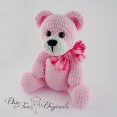 Rose is a sweet little bear who loves to walk and play with her friends. She measures about 15 inches and is super soft. Would you like to be her friend? #crochet #teddybear #bear #amigurumi #instamigurumi #amigurumibear #amigurumidoll #handmade #handmadedolls #toys #oneandtwooriginals #nursery #babyshower