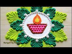 Rangoli Designs Simple Diwali, Simple Flower Rangoli, Happy Diwali Rangoli, Rangoli Designs Flower, Free Hand Rangoli Design, Small Rangoli Design, Rangoli Patterns, Colorful Rangoli Designs, Rangoli Ideas