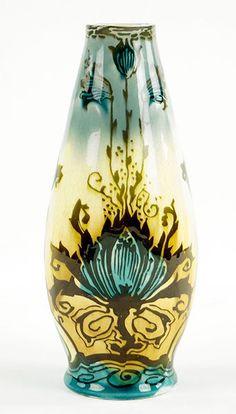 A Minton Secessionist Vase. Lot 152-2106